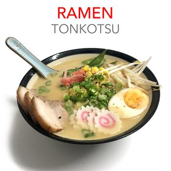 TONKOTSU RAMEN + 3 GYOZAS